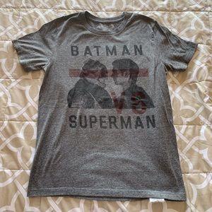Tops - Batman VS  Superman t shirt